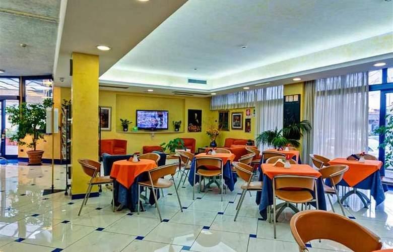 Best Western Blu Hotel Roma - Restaurant - 106