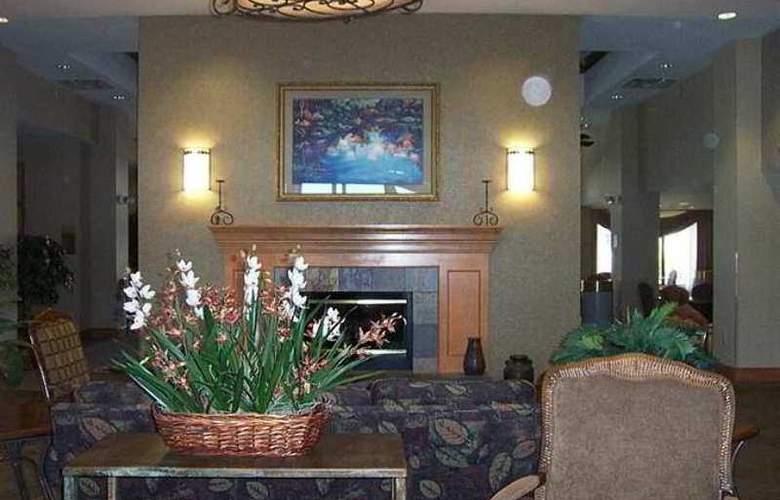 Hampton Inn & Suites Pueblo-Southgate - Hotel - 0