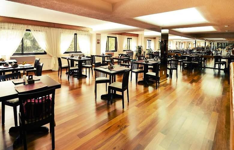 Balmoral Plaza - Hotel - 7