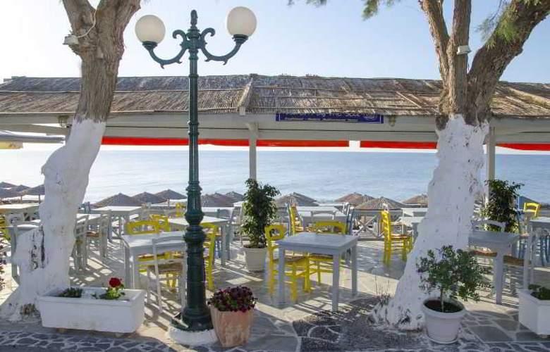 RK Beach hotel - Hotel - 5