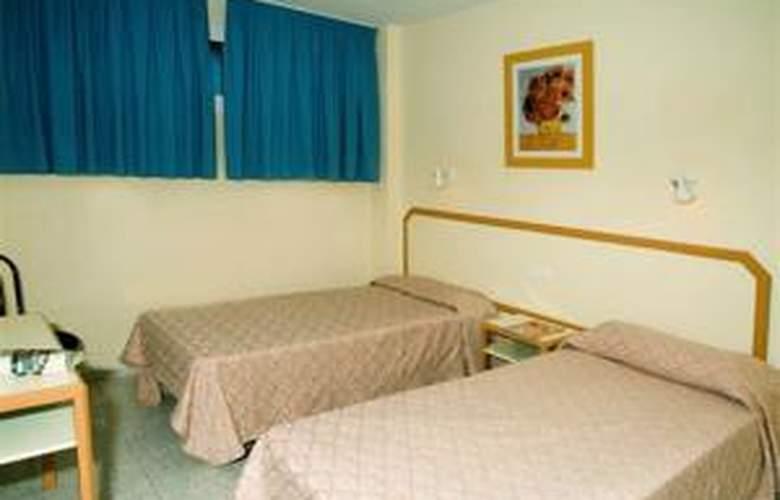 Apartamentos las Gacelas - Room - 10