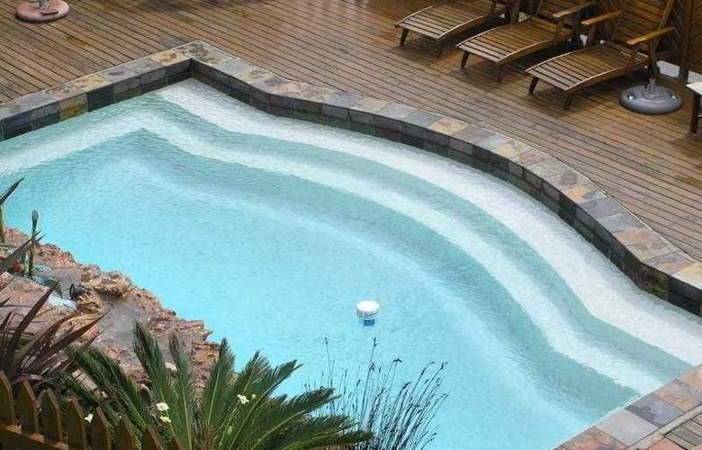 The Kelway - Pool - 5