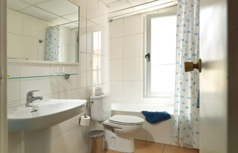Oro Blanco Apartments - Room - 13