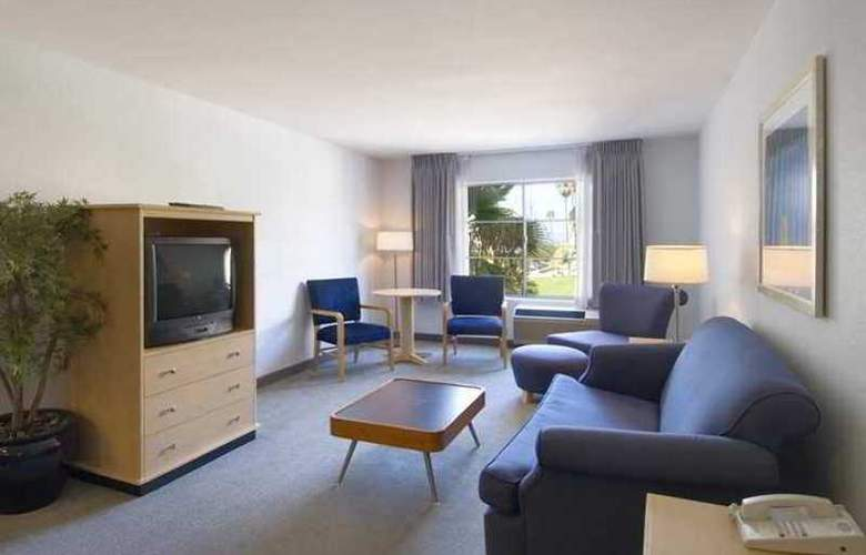 Hampton Inn San Diego-Downtown - Hotel - 5