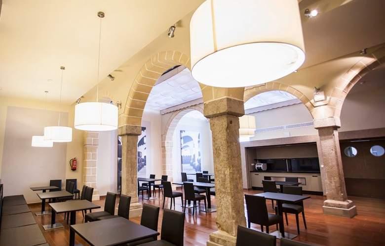 Eurostars Asta Regia - Restaurant - 4