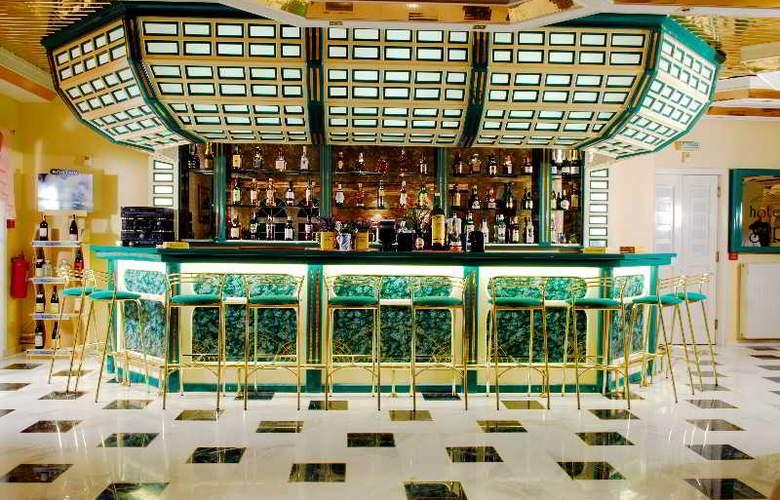 Strass Hotel - Bar - 2