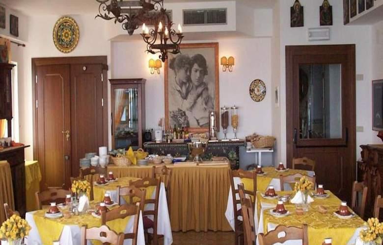 La Riva - Restaurant - 4