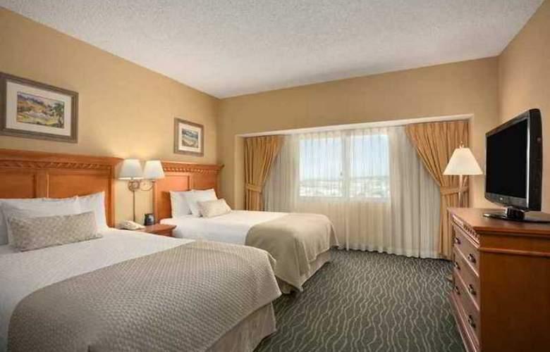 Embassy Suites Monterey Bay Seaside - Hotel - 2