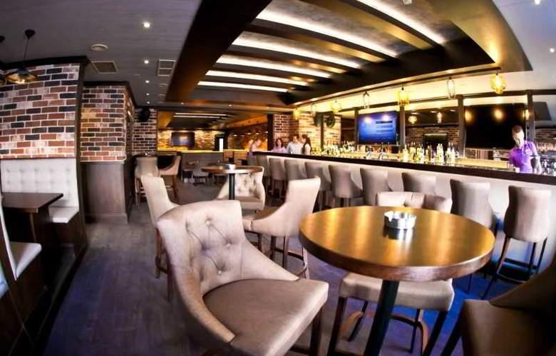Petro Palace - Restaurant - 5