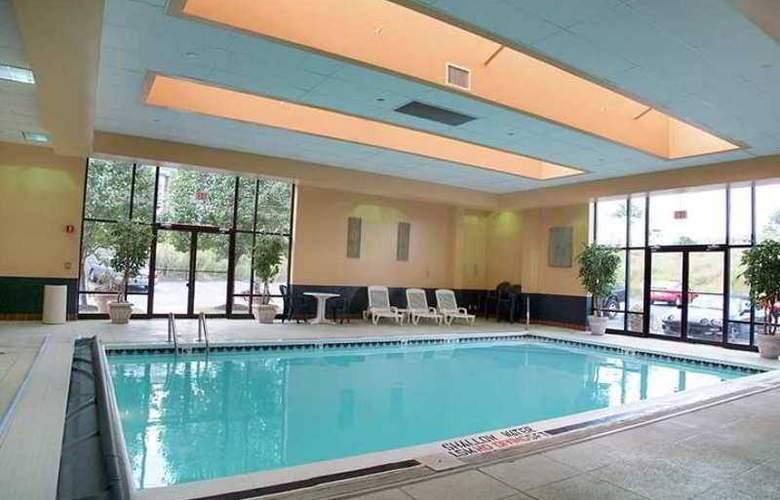 Hampton Inn Pittsburgh/Monroeville - Hotel - 4