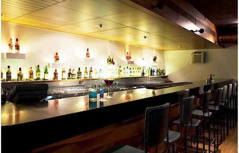 The Beatle - Bar - 4
