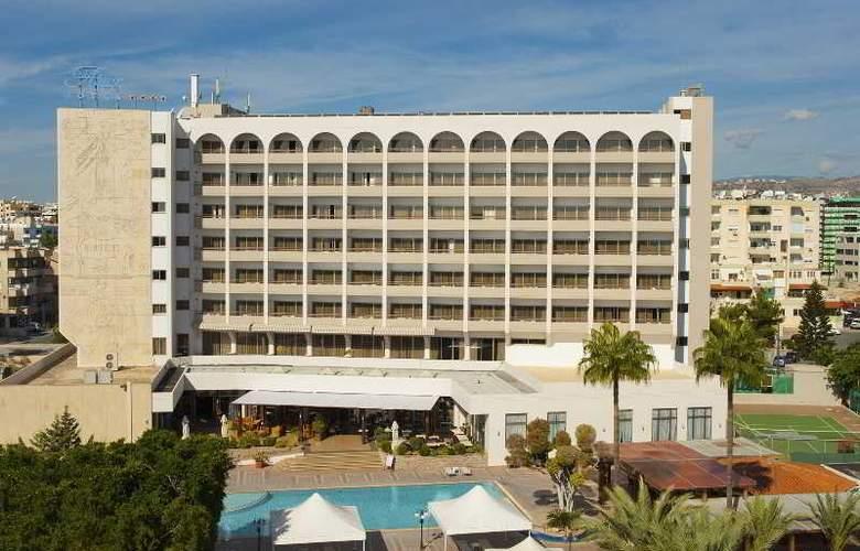 Ajax - Hotel - 11