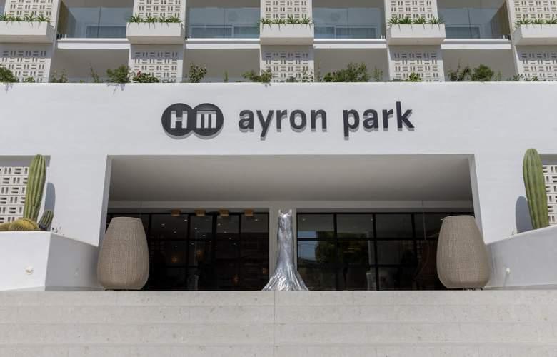 HM Ayron Park - Hotel - 10