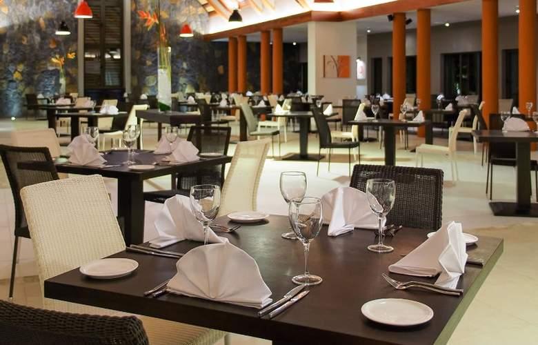 Maritim Crystals Beach Hotel - Restaurant - 5