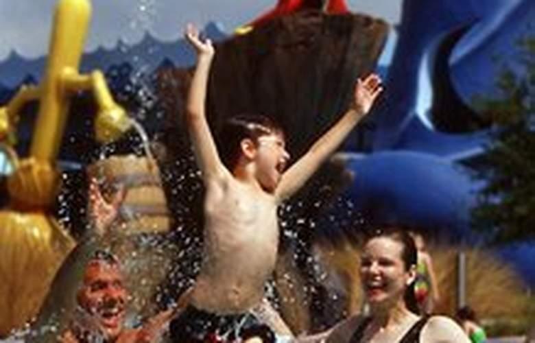 Disney's All Star Movies Resort - Pool - 5