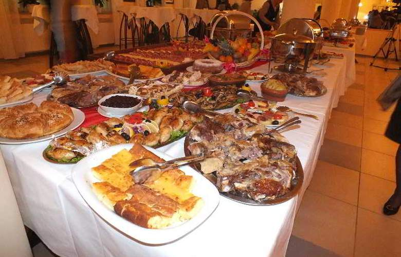 Leotar - Restaurant - 19