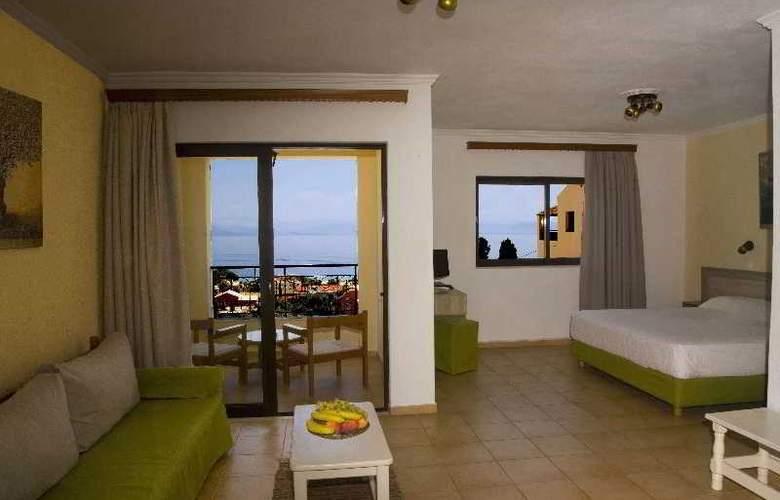 Pelagos Hotel - Room - 5