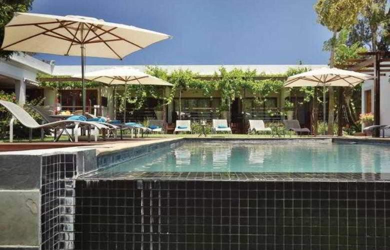 L´Avenir Country Lodge - Pool - 14