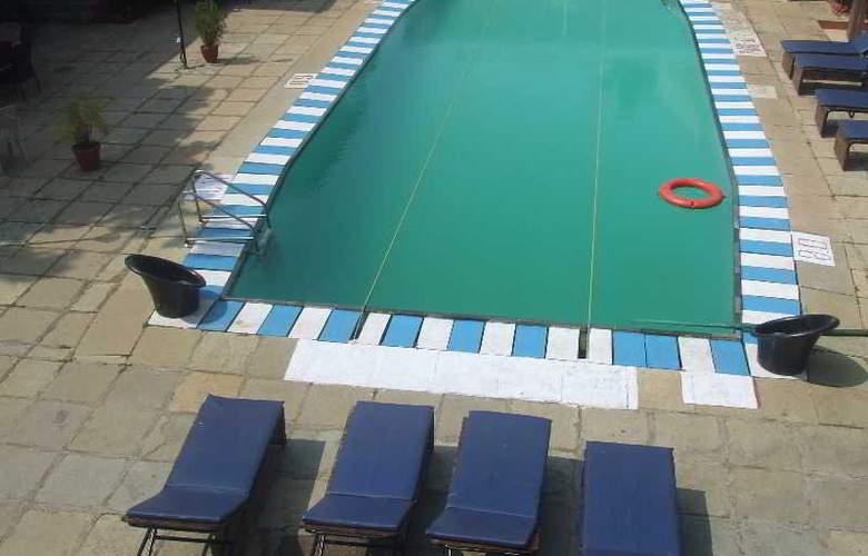 Ondas do Mar - Pool - 20