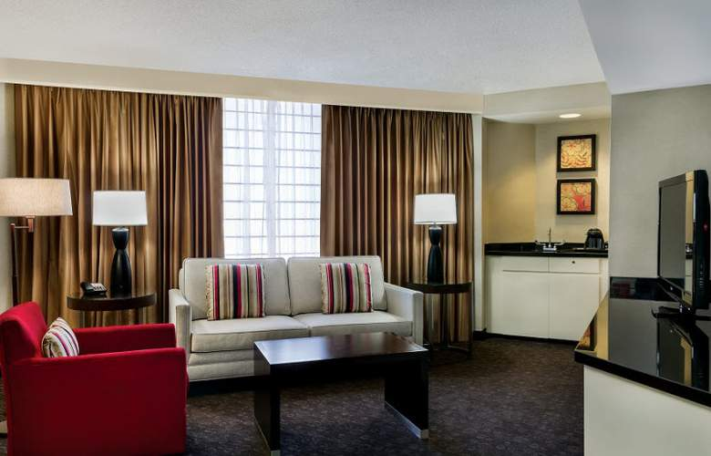 Doubletree by Hilton Los Angeles Downtown - Room - 18