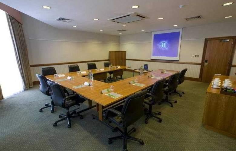 Hilton Bracknell - Conference - 4