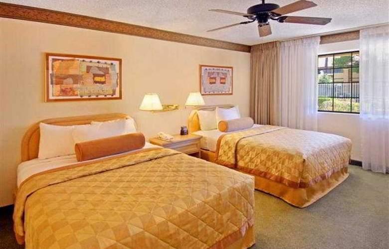 Embassy Suites Phoenix North - Room - 3