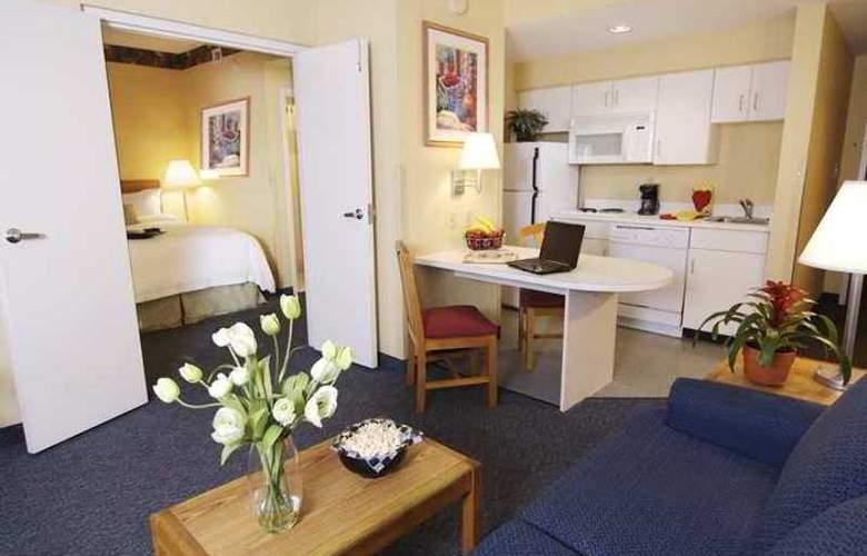 Hampton Inn & Suites Mooresville - Hotel - 0