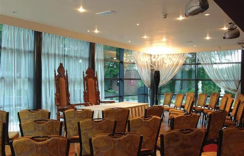 Best Western Fir Grove - Hotel - 36