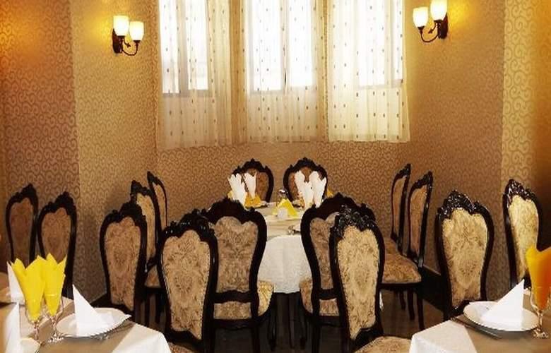 Carol - Restaurant - 2