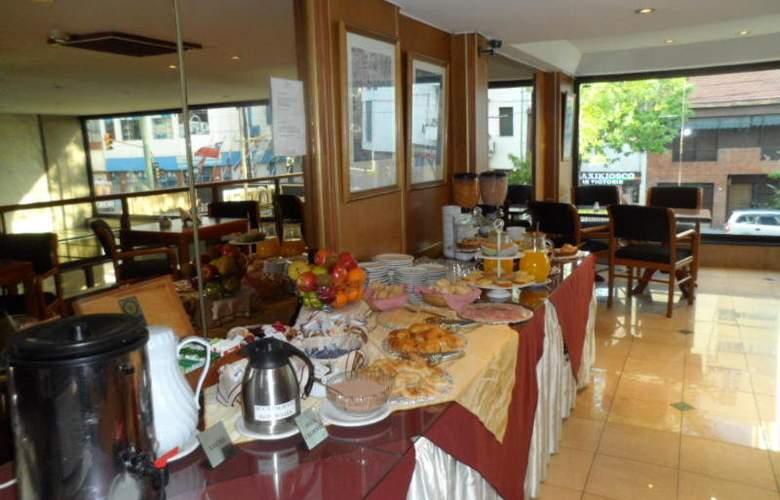 Cuatro Reyes - Restaurant - 9