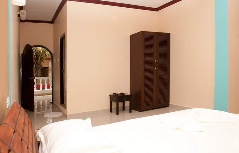 Rococco Morjim - Room - 11