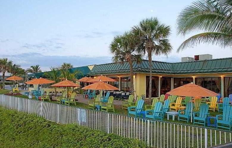 Holiday Inn Hotel & Suites Vero Beach-Oceanside - Hotel - 8