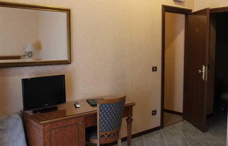 Dependance Hotel Dei Consoli - Room - 6