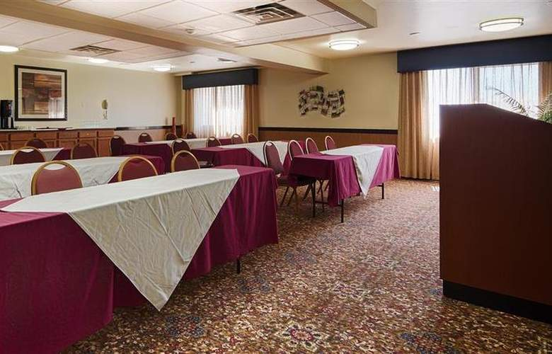Best Western West Towne Suites - Conference - 46