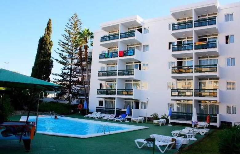 Roca Verde Apartamentos - Hotel - 0