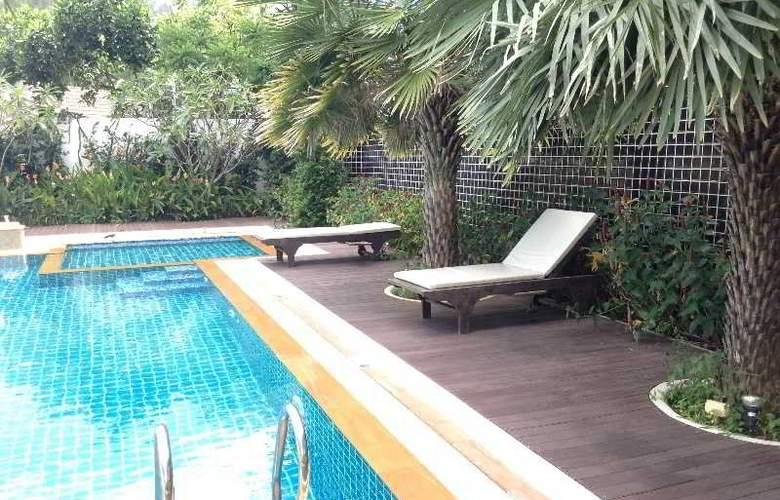 Dee Andaman Hotel Pool Bar - Pool - 21