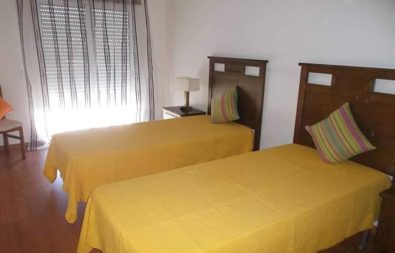 AH Villas - Room - 1