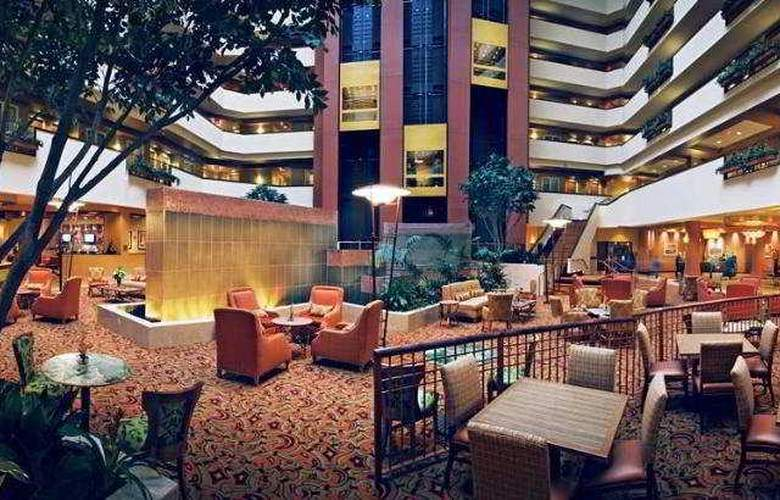 Embassy Suites East Peoria - Hotel&RiverFront - General - 1