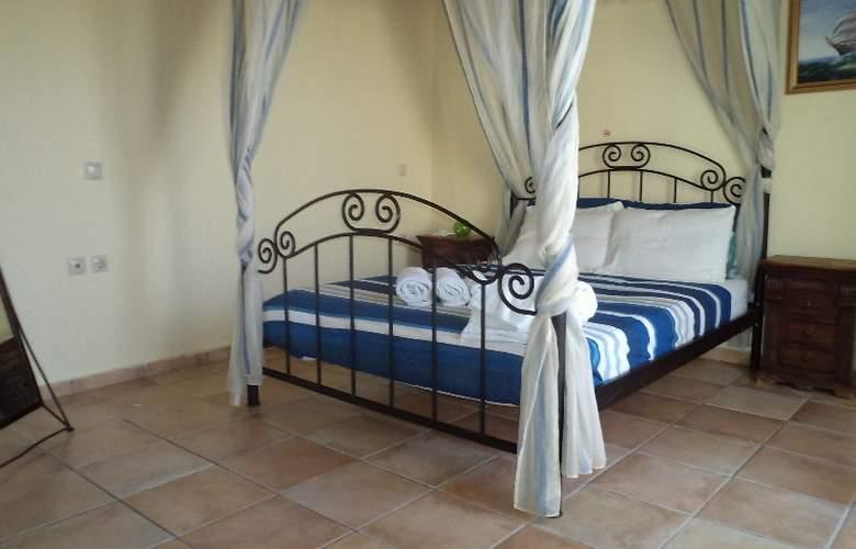 Niriides Villas - Room - 1