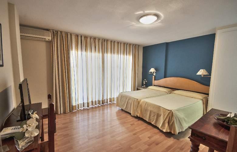 El Faro Inn - Room - 5