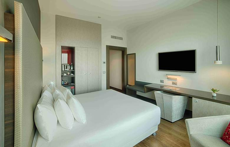 NH Collection Milano President - Room - 7