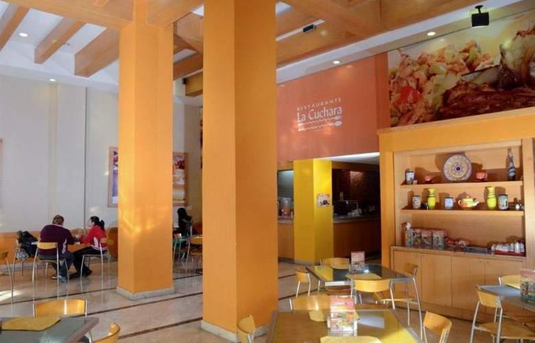 Best Western Centro de Monterrey - Restaurant - 33