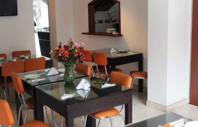 Real Estacion - Restaurant - 3