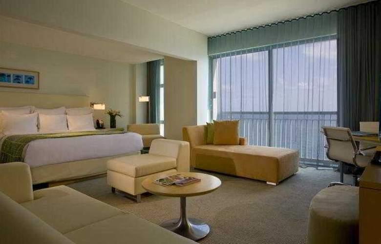 La Concha  Renaissance Resort - Room - 3