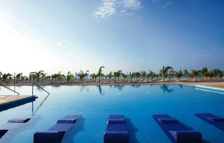 Riu Playa Blanca - Pool - 18