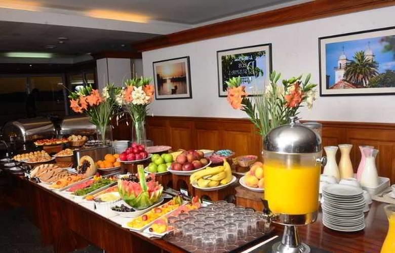 Radisson Colonia del Sacramento Hotel & Casino - Restaurant - 55