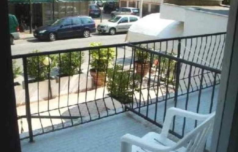 Rubino - Terrace - 3