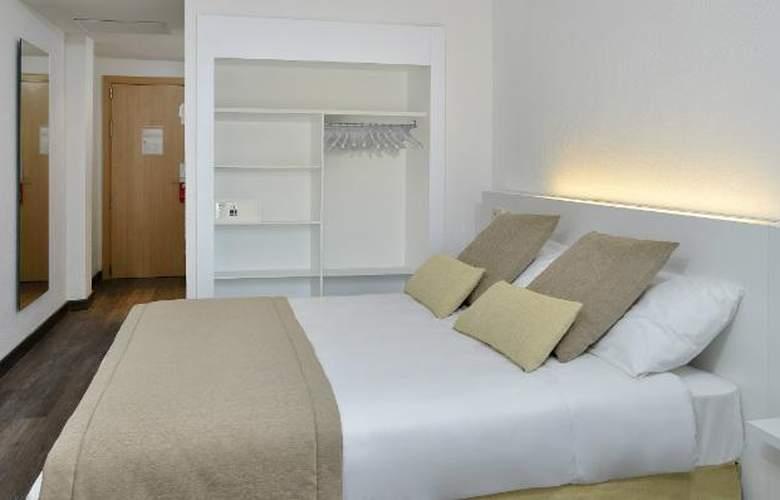 Sol Palmanova - Room - 2