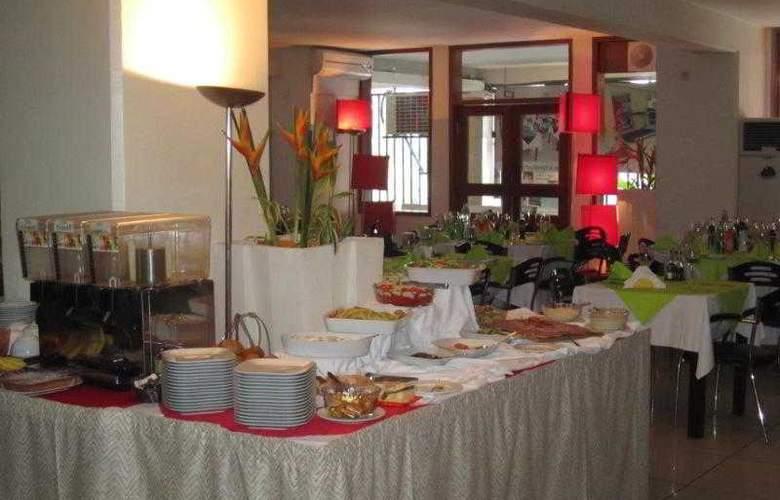 Appart Hotel Ivotel - Restaurant - 5