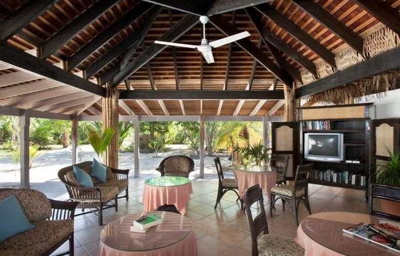 Coconut Beach Club - Terrace - 10